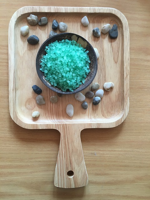 platter with bath salt and stones